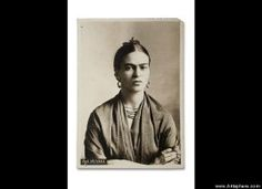 Frida Kahlo's Private Photos Give New Insight Into The Painter's Personal Life (PHOTOS)