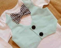 Mint & chip vest with bow tie