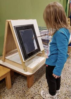 Toddler artist at work! Our educators understand that for your child's artistic expression and exploration of art materials, process is more valuable than product. What Is Montessori, Montessori Classroom, Preschool Painting, Artist At Work, Education, Children, Young Children, Boys