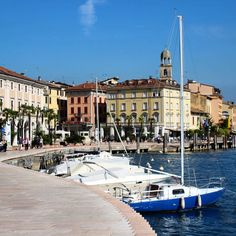 Salò is a charming little resort town on the southwestern shore of Lake Garda - Instagram by globetrottergirls