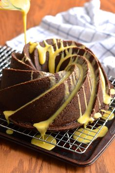 chocolate orange bundt cake #bundtbakers | Brooklyn Homemaker