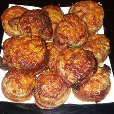Nálunk is elkészűlt, havonta egyszer elkészítem. Bacon, Vegetables, Ethnic Recipes, Food, Essen, Vegetable Recipes, Meals, Yemek, Pork Belly