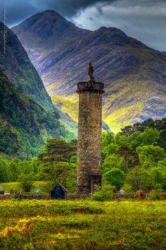 Glenfinnan Monument . STIRLING. SCOTLAND