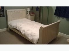 Clean and in good shape, single solid wood sleigh bed. We received many compliments on the bed. Very beautiful, sturdy and s Wood Sleigh Bed, Sleigh Beds, Used Victoria, Solid Wood, Furniture, Home Decor, Decoration Home, Room Decor, Home Furnishings