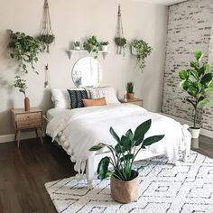 modern and minimalist bedroom design ideas in 2020 18 Room Ideas Bedroom, Home Bedroom, Bedroom Inspo, Boho Bedroom Diy, Bohemian Room Decor, Bohemian Interior, Earthy Bedroom, Boho Style Decor, Bohemian Bedroom Design