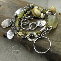 Formiid - Bracelet - oxidized and rubbed silver 925, green garnet (approx. 5 mm - 0.2 inches), raw amber (approx. 1,4 cm - o.55 inches), kyanite