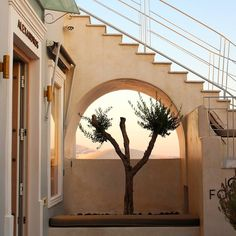 Save A Fortune With These Interior Design Tips Interior Exterior, Interior Design Tips, Exterior Design, Dream Vacations, Beautiful Places, Simply Beautiful, Scenery, Stairs, Around The Worlds