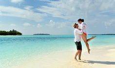9 Day Cook Islands Beach Getaway ~ island resorts, sightseeing, transfers & more.  Travelscene.com