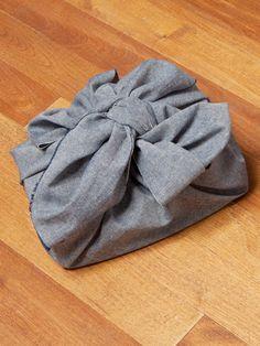 Gift wrapping the furoshiki way!