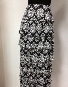 Gorgeous Damask print skirt! LOVE!