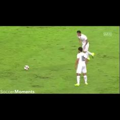 Perfect goal from James Rodriguez. #FreeKick