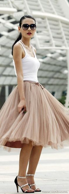 I kind of like this idea of a sort-of casual tulle - Street Style | Tulle