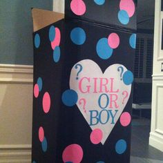 Fill with blue or pink balloons and the parents will find out if it is a boy or girl. Doing this for my friend! Gender Reveal Box, Gender Reveal Party Games, Gender Reveal Balloons, Gender Party, Baby Gender, Reveal Parties, Pink Balloons, Helium Balloons, Balloon Box
