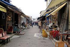 Marché aux Puces - antique furniture market