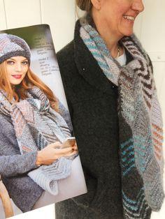 Vrolijke sjaal van Caleido en Delgada. Pakket verkrijgbaar via link.