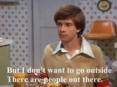 LOL funny haha people hilarious comedy TV screencap humor fun television tv show Eric Forman rofl outside Topher Grace introvert talking tha. Intj, The Funny, Hilarious, Funny Life, Funny Stuff, Scary Funny, Funny Man, Funny Things, Hilarious Stuff