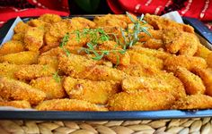 Aperitiv cartofi in crusta de malai - Galerie foto Baby Food Recipes, Meat Recipes, Vegetarian Recipes, Cooking Recipes, Healthy Recipes, Good Food, Yummy Food, Food Tasting, Delicious Dinner Recipes