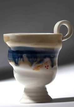 Laura De  Benedetti  - Like the form and handle on this cup