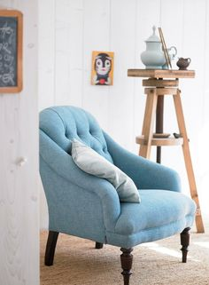 blue tufted