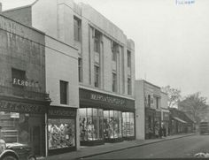 Marks and Spencer  North End Road  1933
