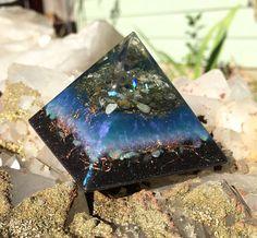 Violet Flame Orgone Orgonite Pyramid
