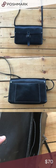 Madewell Dover crossbody bag This beautiful little bag is perfect for a night of going out. It holds all of the essentials! It has been loved and is looking for a new home. Madewell Bags Crossbody Bags
