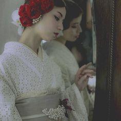 和装コーディネート撮影  #kimono #sweet #wedding #photographer #photo #photoshoot  #着物 #おしゃれ  #flowers  #weddingphotography  #カメラ #stylish #japan  #和装 #結婚写真 #前撮り #ヘアスタイル #コーディネート #prephotoshoot  #ヘアメイク #かわいい #cool  #レトロ #かっこいい by toshiya_mizuma