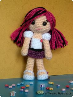 AMY, THE AMIGURUMI DOLL FREE PATTERN