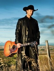 Paul Brandt <3 Met him and watched his show <3