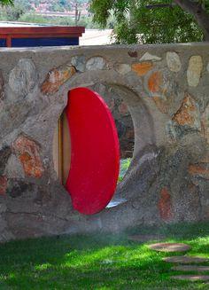 Flickr Frank Lloyd Wright, Midcentury Modern, Garden Walls, Outdoor Decor, Gates, Garden Ideas, Hollywood, Tours, History