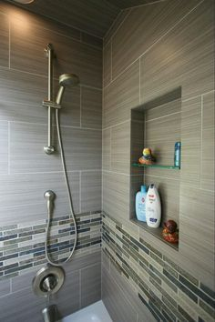 Tiny house bathroom - Looking for small bathroom ideas? Take a look at our pick of the best small bathroom design ideas to inspire you before you start redecorating. Shower Remodel, Bath Remodel, Restroom Remodel, Douche Design, Shower Niche, Shower Bathroom, Shower Walls, Gray Shower Tile, Garden Bathroom