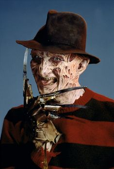 A Nightmare on Elm Street 2: Freddy's Revenge (1985) Freddy Horror, Horror Movies, Slasher Movies, Scary Movie Characters, Scary Movies, Freddy's Revenge, Zombie Monster, Robert Englund, Wes Craven