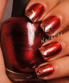 nails.quenalbertini: Christmas Nails by NailaDay
