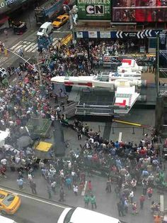 Hundreds gathered in New York City yesterday to witness the unveiling of  the world s largest LEGO 16dc0a9d0e5d
