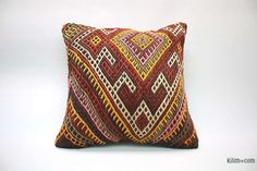 Decorative hand woven pillow cover made of years old Turkish kilim fragments backed with cotton cloth. Kilim Pillows, Throw Pillows, Geometric Pillow, 50 Years Old, Hand Weaving, Pillow Covers, Wool, Rugs, Handmade
