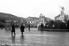 Postcards of the Past - Vintage Postcards of Hull, Yorkshire Hull England, Kingston Upon Hull, East Yorkshire, Historical Pictures, Vintage Postcards, Britain, Period, The Past, Street View