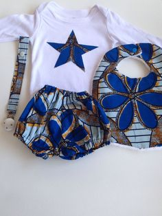 """Box naissance wax """"Flower blue"""" Baby African Clothes, African Dresses For Kids, African Babies, African Wear Dresses, African Children, African Attire, Ankara Styles For Kids, African Print Fashion, African Design"""