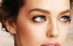 How to Get a Slimmer Face: Tone Belly, How To Get Slim, Everyday Makeup Routine, Best Concealer, Healthy Mind And Body, Listerine, Uneven Skin Tone, Makeup Essentials, Mind Body Soul