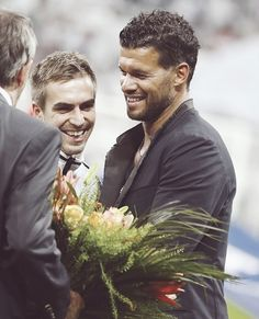 Michael Ballack congratulating Phillip Lahm on his 100 cap for the german NT. Really hope they may be in a good relationship Germany Team, Germany Football, Michael Ballack, Philipp Lahm, German National Team, German Men, Little Giants, Football Is Life, National Football Teams