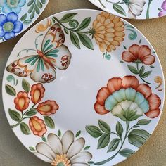 Painted Ceramic Plates, Ceramic Painting, Ceramic Art, Painting Patterns, Fabric Painting, Pottery Painting Designs, Blue Pottery, Plate Art, China Painting
