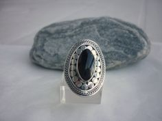 Silver 925 RING. Natural black ONIX stone by NaturalmundiJewels, €34.00
