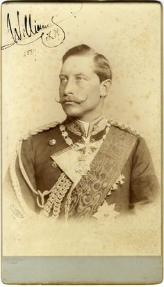 Prussian style of wearing medals on dress