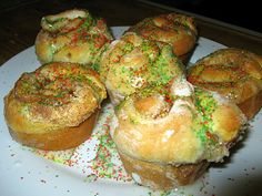 The Virtuous Wife: King Cake Cupcakes (Using Crescent Rolls!) Tutorial