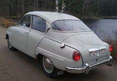 Safari Rally Tribute: 1960 Saab 96 Deluxe
