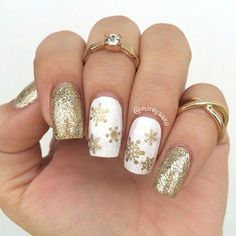 Cute and Simple 20 Winter Nail Art Designs