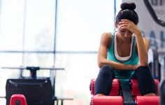There are tons of gyms around you, which offer tens of exercise routines based on the trainers' own expertise, specializations and also your body type and motivation. Read Common Gym mistakes that are ruining your workout You Fitness, Fitness Goals, Fitness Tips, Fitness Motivation, Sport Look, Oufits Casual, Fad Diets, Workout Regimen, Workout Machines