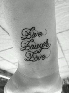 Live Laugh Love :) pic.twitter.com/M7TknGkwOr