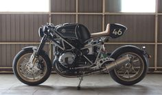 Custom BMW R nine T