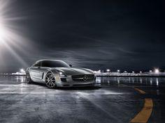 Mercedes-Benz SLS AMG GT Coupe  in designo Alanite Grey