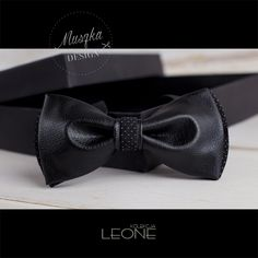 www.muszka-design.pl, bowtie, tie, bow, bow-tie, men, fashion, gentleman, wear, male, cutout, caucasian, suit, elegant, jacket, mature, elegance, cravat, business, new, style, handkerchief, closeup, clothing, decoration,  celebration, design, formal, birthday, elegance, vintage, party, spot, ceremony, cloth, silk, holiday, festive, evening, clipping, fashion, retro, pattern, present, textile, funky, fun,  mustaches, trend, modern, art muszka męska, mucha, mucha męska, krawat, mężczyzna